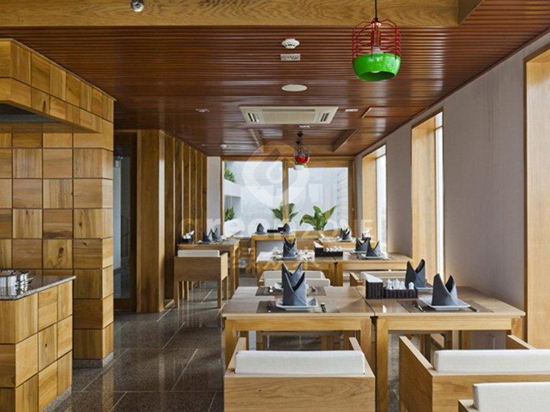 Vietnam Hotel Golden Holiday_C55+D140+D145